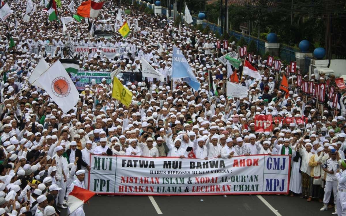 Demonstrasi massa gabungan sejumlah ormas Islam dan masyarakat di Jakarta, 14 November lalu. (Foto: MerahPutih/Rizki Fitrianto)