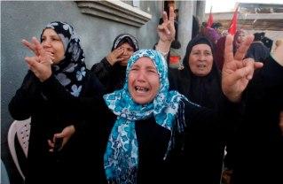 funeral-of-martyr-fares-al-bassiouni-15-y-o-e28093-beit-hanoun-gaza-4_57_13_16_11_20122