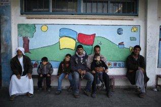 nov-20-2012-gaza-under-attack-2012-11-20t075946z_1_cbre8aj0m7p00_rtroptp_2_palestinians-israel-displaced