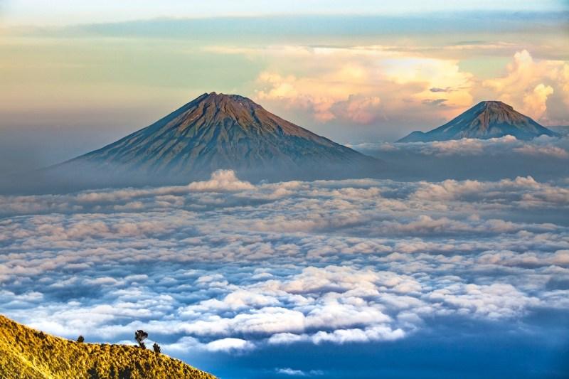 Ilmu tauhid - Gunung adalah salah satu ciptaan Allah