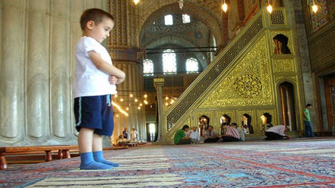 5 Tips for Islamic Parenting from the Hadeeth of Prophet Muhammad(pbuh)