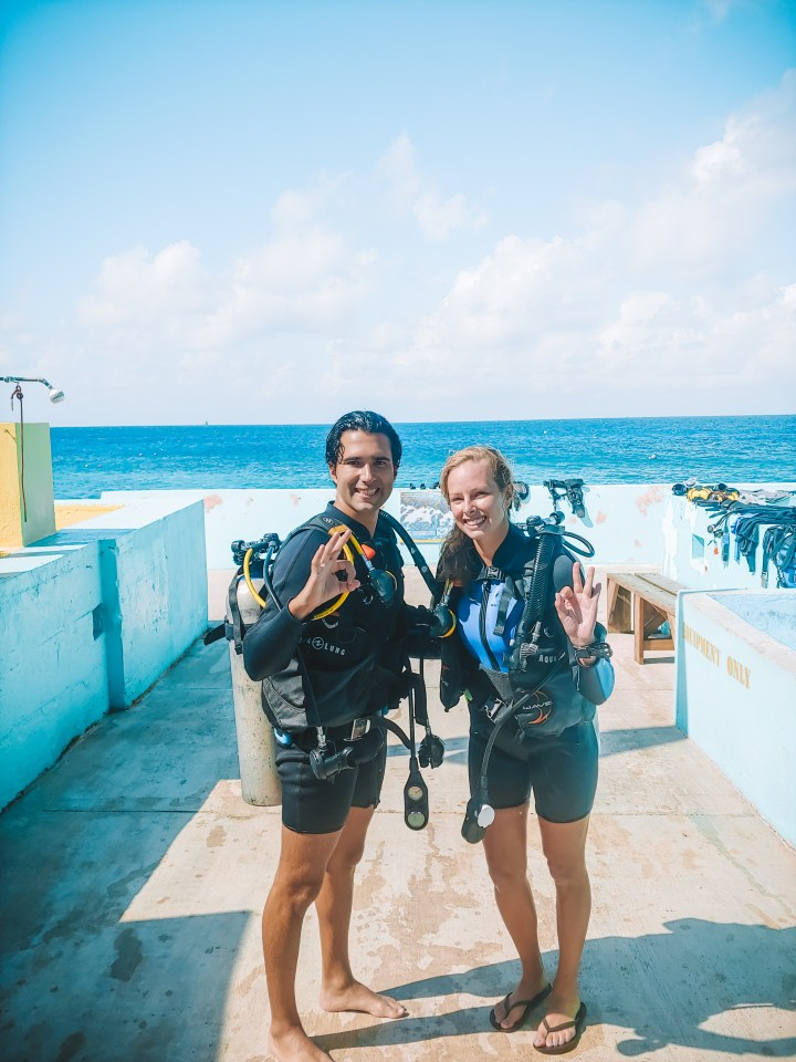 A Guide To Becoming PADI Certified In The Cayman Islands