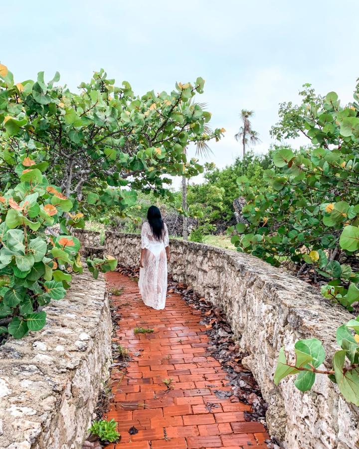 Barefoot Beach, Grand Cayman