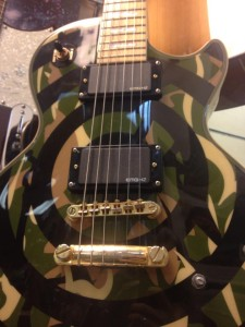 island-music-shop-guitar-lessons-store-les-paul-custom-sorbelli