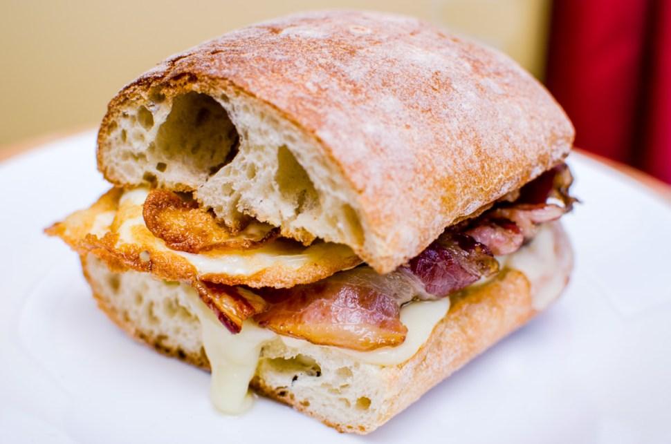 breakfast, bacon, egg, cheese, sandwich
