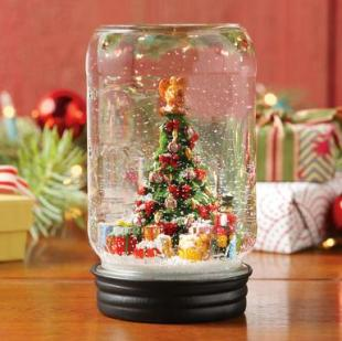 Mason Jar Snow Globes Christmas Trees