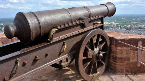 Seneca Guns Cannon