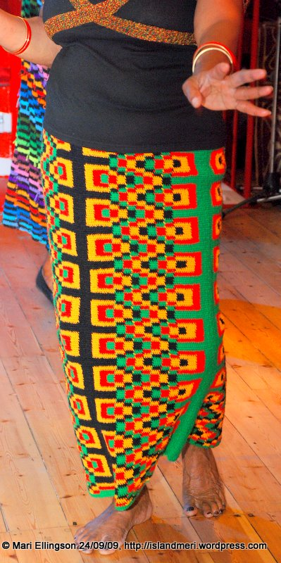 Long skirt with PNG motifs.