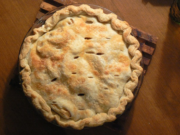 Maple and Cheddar Apple Pie Recipe - a delicious treat for Autumn, Thanksgiving, Christmas, or anytime!
