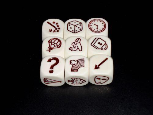 Untold: Cubes