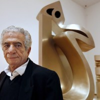 Eye-catching sculptures by Iranian Artist Parviz Tanavoli to be installed at the Aga Khan Park