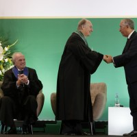 Portugal's President invests His Highness the Aga Khan with the Order of Liberty as he also receives Doctorate – Honoris Causa from Universidade NOVA de Lisboa