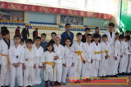 Karate üzrə açıq rayon birinciliyi