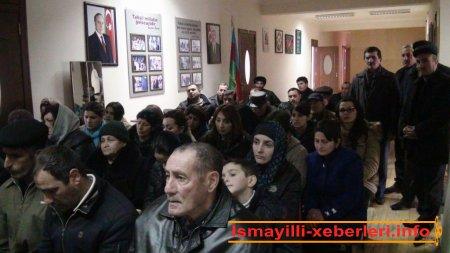 """""""Qarabağ"""" yaşayış massivində köçkünlərlə görüş"""