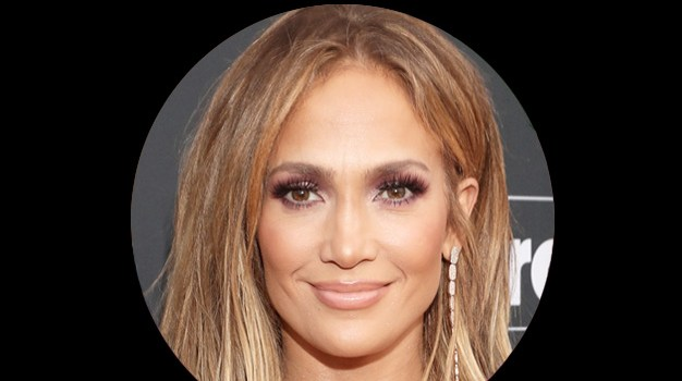 July 24 – Jennifer Lopez gets an apology from an old half pal