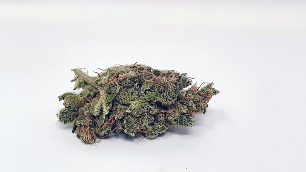 SmellyBerry, SmellyBerry Cannabis Strain Review & Information