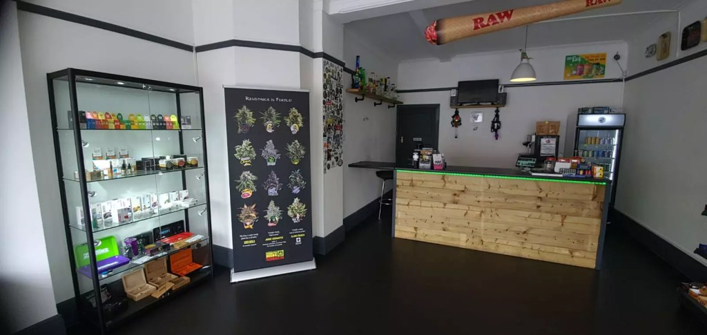 Hampshire Canna Headshop, Hampshire Cannabis Headshop & Information Drop-in Centre
