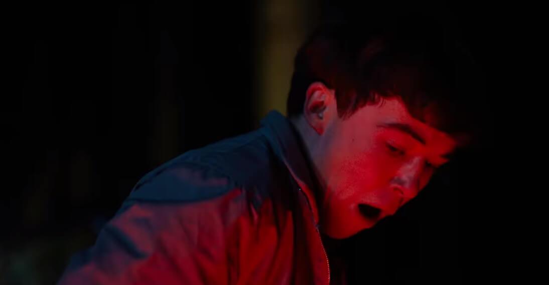 """El trailer de """"Ghost Stories"""" promete tres historias aterradoras en una misma película"""