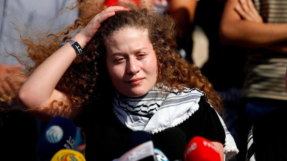 Liberada Ahed Tamimi, la adolescente palestina encarcelada por abofetear un soldado israelí