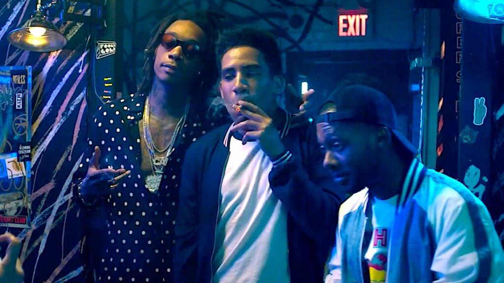 """Kyle vomita sobre Wiz Khalifa en el trailer de """"The After Party"""", la nueva stoner comedy de Netflix"""