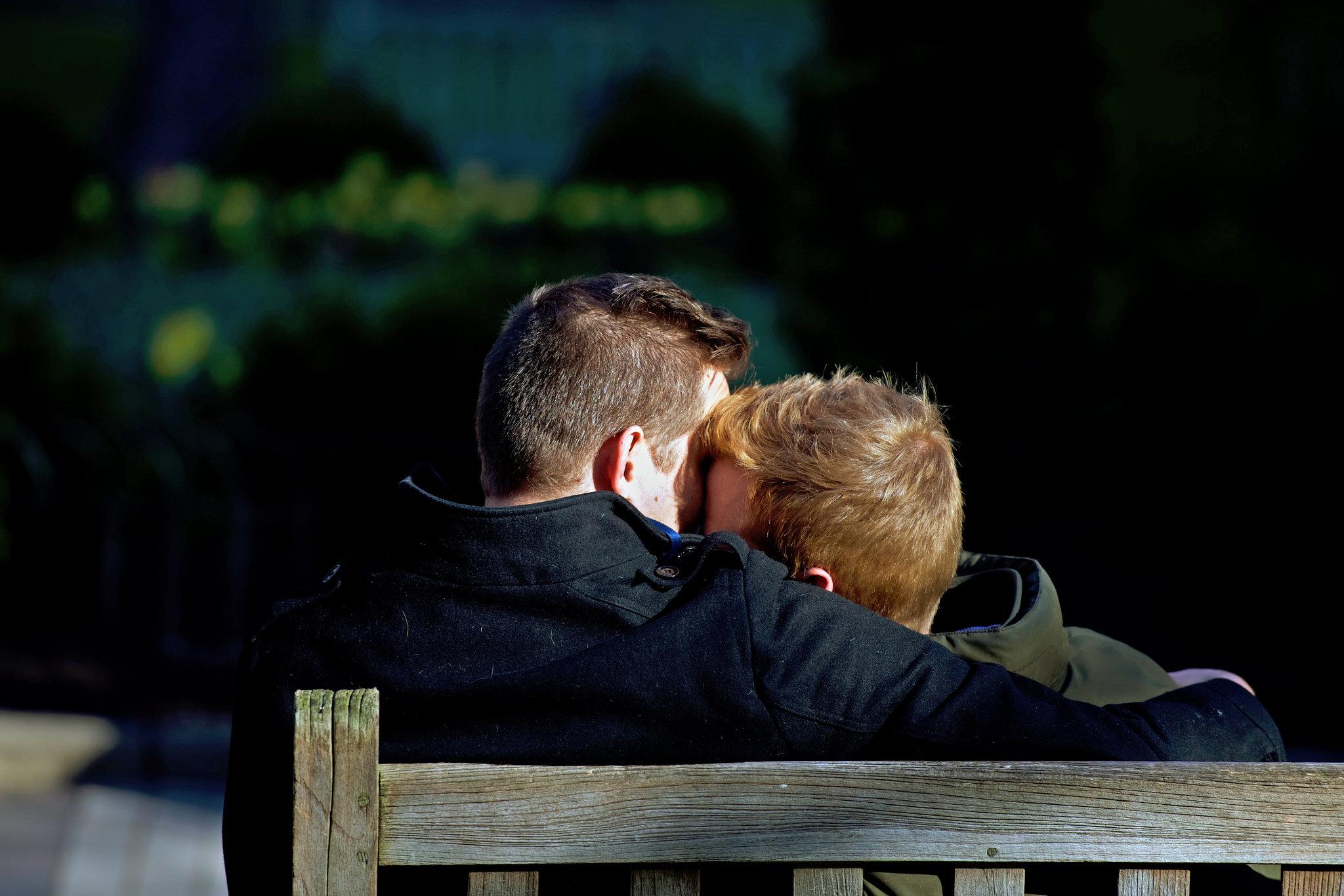 Personas bisexuales son más propensas a sufrir trastornos mentales, según estudio