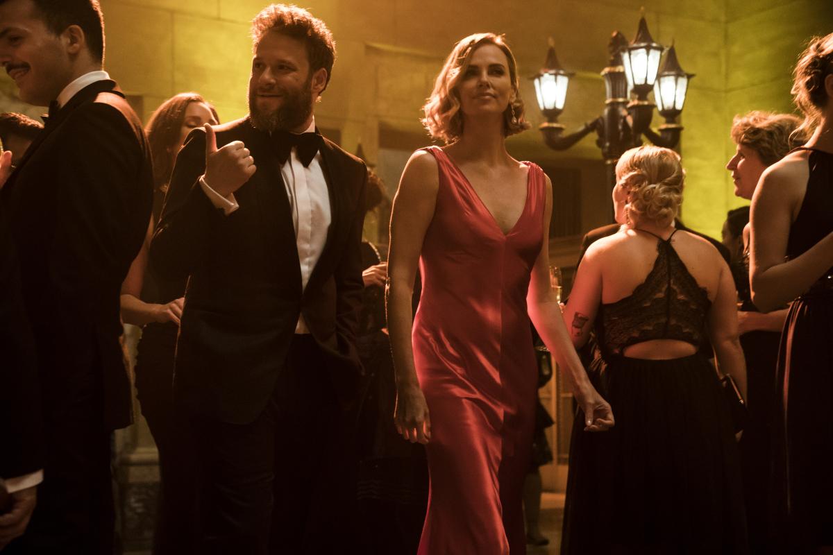 """""""Long Shot"""" : Charlize Theron y Seth Rogen tienen un romance inesperado en este nuevo trailer"""