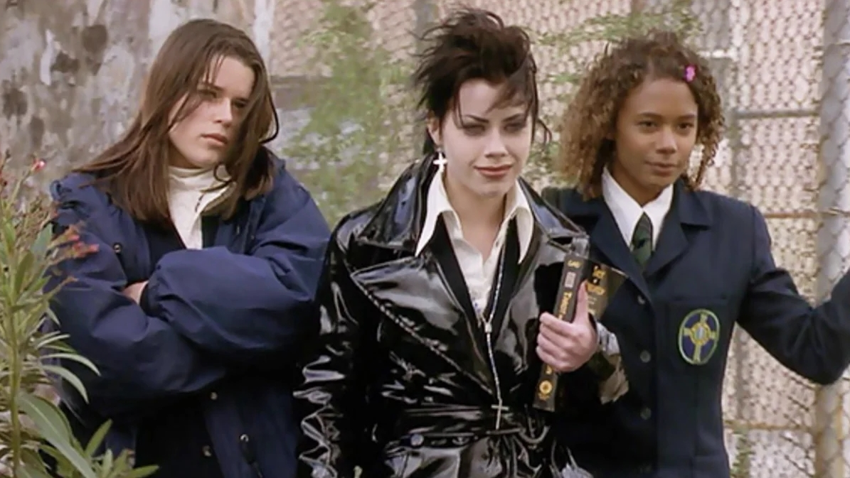 """""""The Craft"""": Todo lo que sabemos del remake del clásico de culto de los 90"""