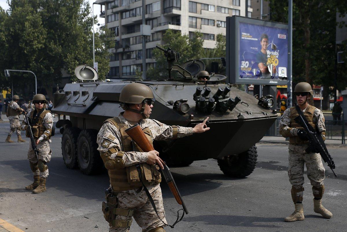 Caos en Chile: Militares ejecutan disparos contra manifestantes