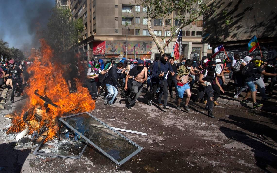Chile: Senado aprueba la Ley Antiencapuchados