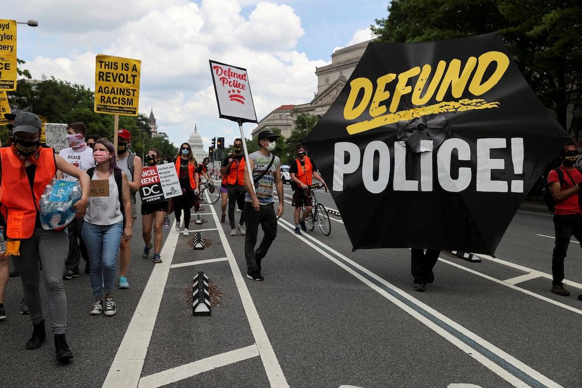 EE.UU.: Cámara de representantes aprueba ley de reforma policial; reabierta investigación por asesinato de Elijah McClain