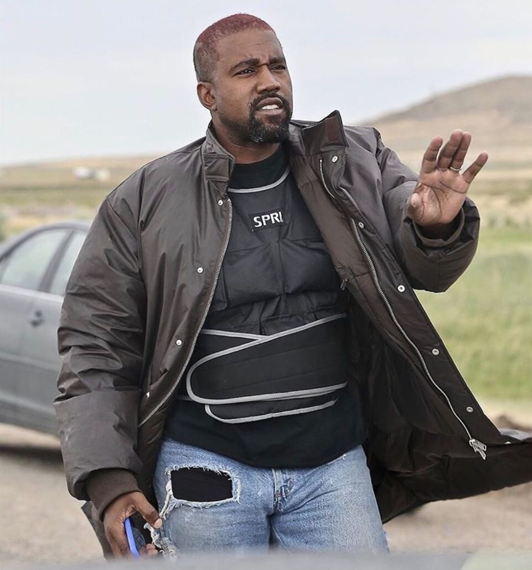 Kanye West es demandado por 20 millones de dólares por incumplimiento de acuerdos