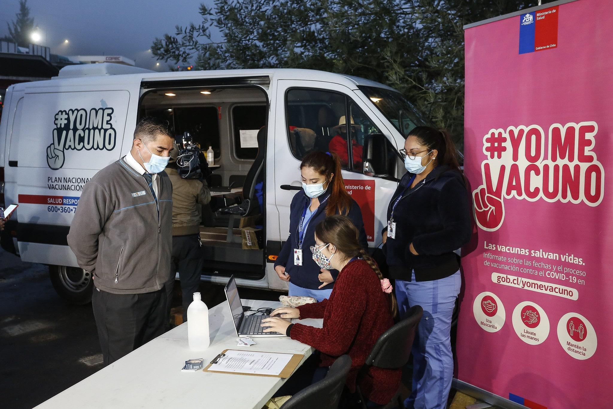 Coronavirus: Chile suma más de 5.000.000 de personas vacunadas; México se convirtió en el lugar de escape para los turistas en la pandemia