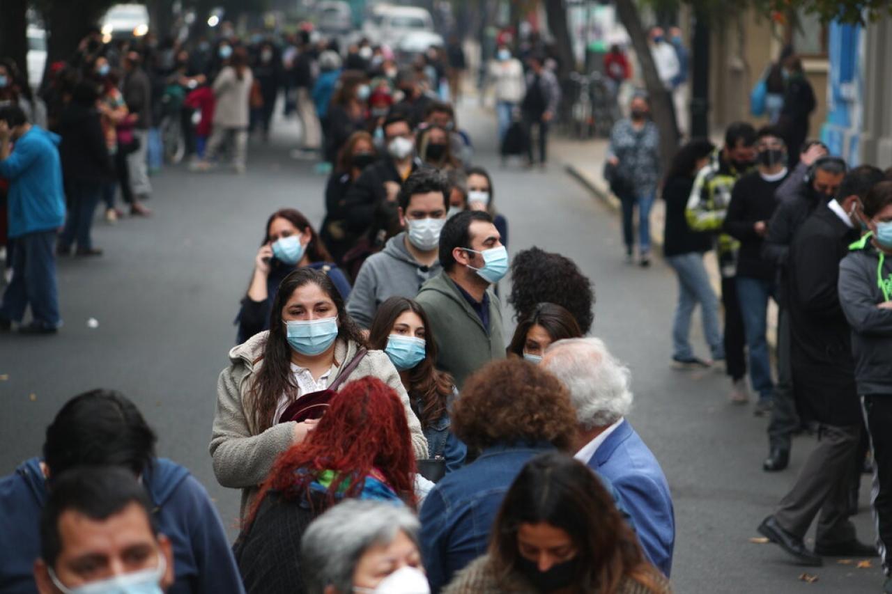 """Coronavirus: Chile implementa """"Pase de Movilidad"""" para personas vacunadas;  CDMX volverá a los conciertos en junio"""