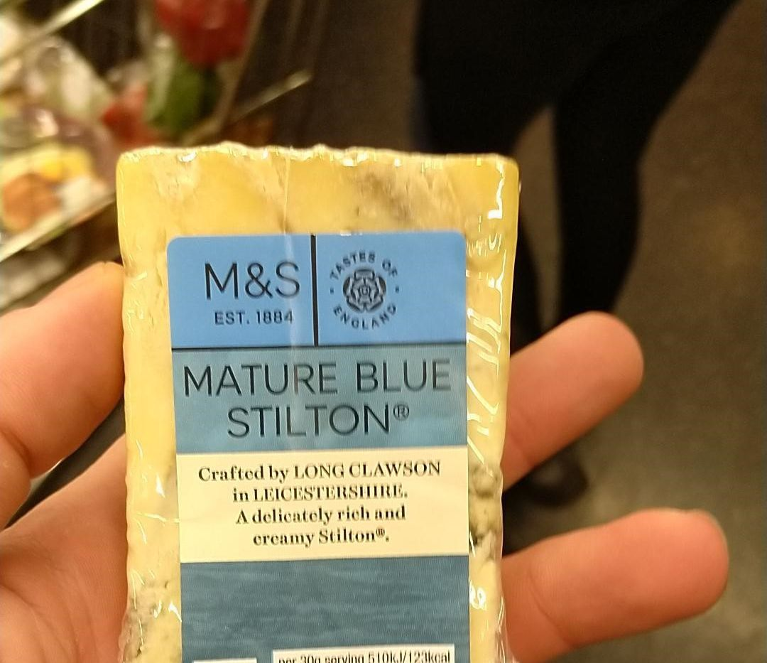 Esta foto con un queso reveló las huellas dactilares de un narco que terminó arrestado