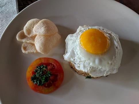 indonesia breakfast alam sembuwuk