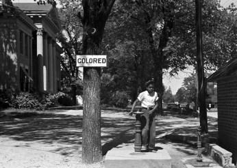 racial-segregation-67692_1920