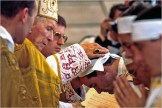 Lefebvre herejía consagra obispos