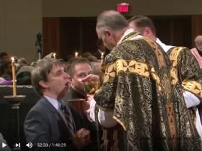 Communio Bernardus Fellay
