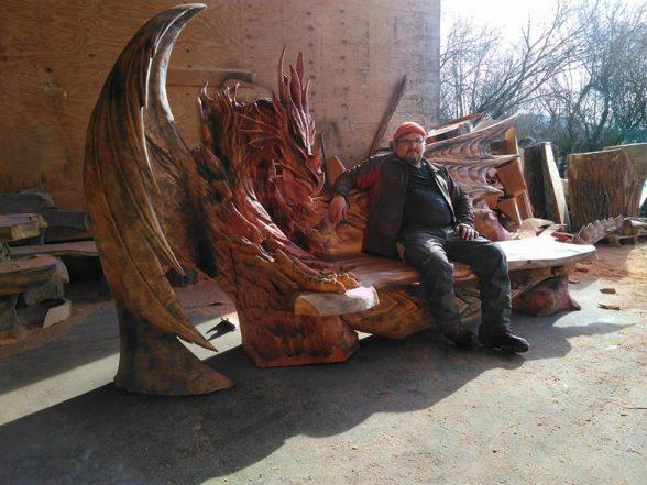 90-8 | Удивительные работы Игоря Лоскутова. А вы бы хотели присесть на такую скамью?