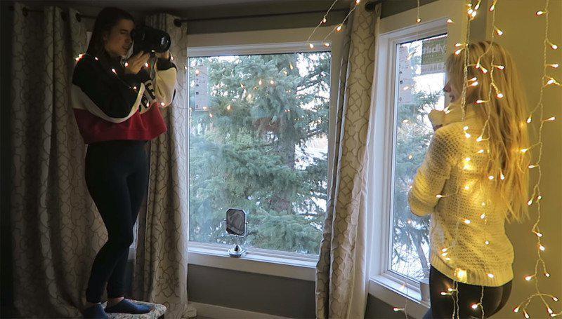 image10-32 | Съемка волшебного новогоднего портрета с гирляндой в обычной спальне