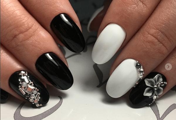 image22-1 | Черно-белая классика: идеи маникюра для элегантных девушек
