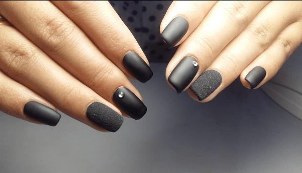 image29 | Черно-белая классика: идеи маникюра для элегантных девушек
