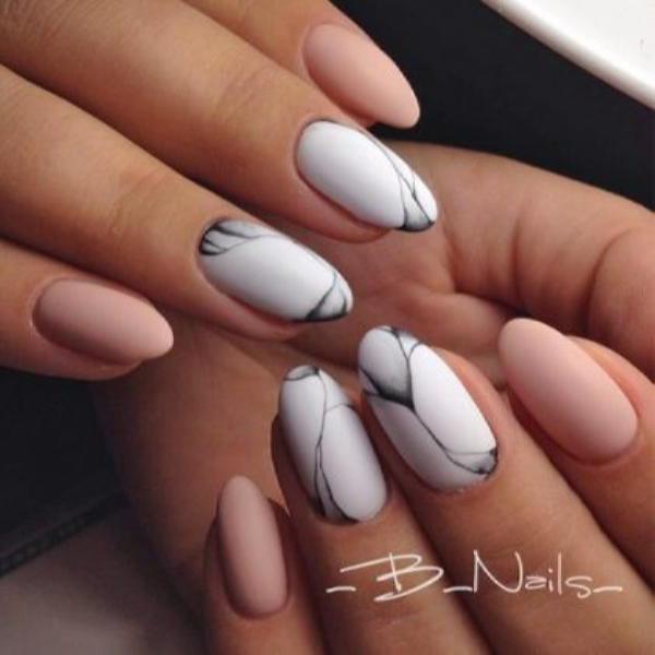 image28-6 | Красивые ногти с украшениями на весну-лето 2018
