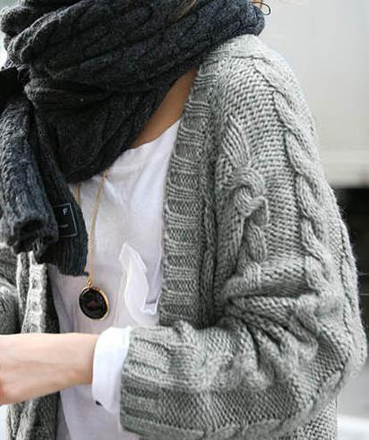image4-62 | Будь в тренде: 7 моделей теплых свитеров, в которых уютно в любые холода!