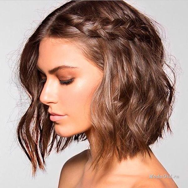 image8-51   Стильные укладки на короткие волосы 2018