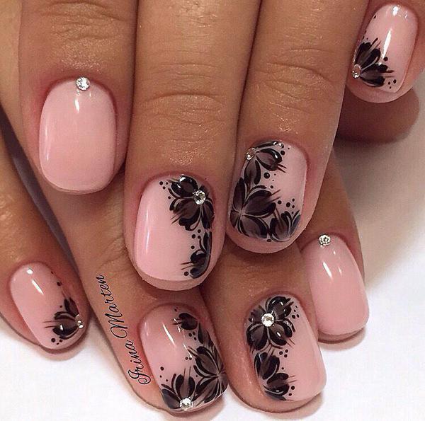 image12-58   Модный маникюр с дизайном на короткие ногти