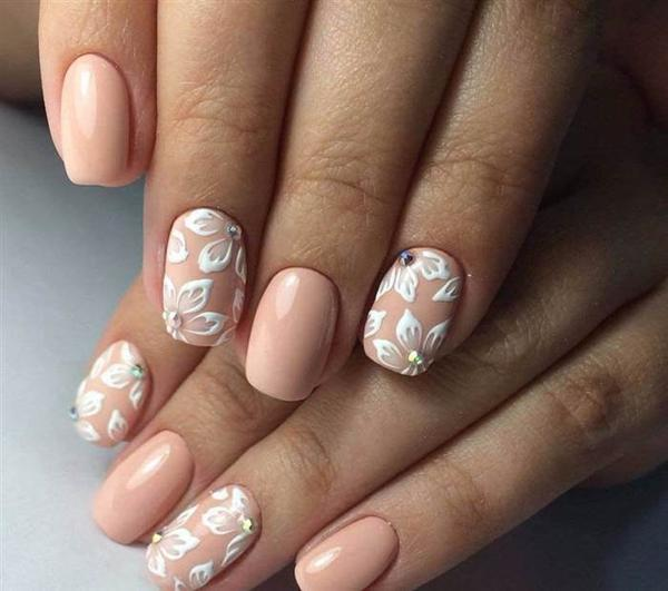 image16-52   Модный маникюр с дизайном на короткие ногти