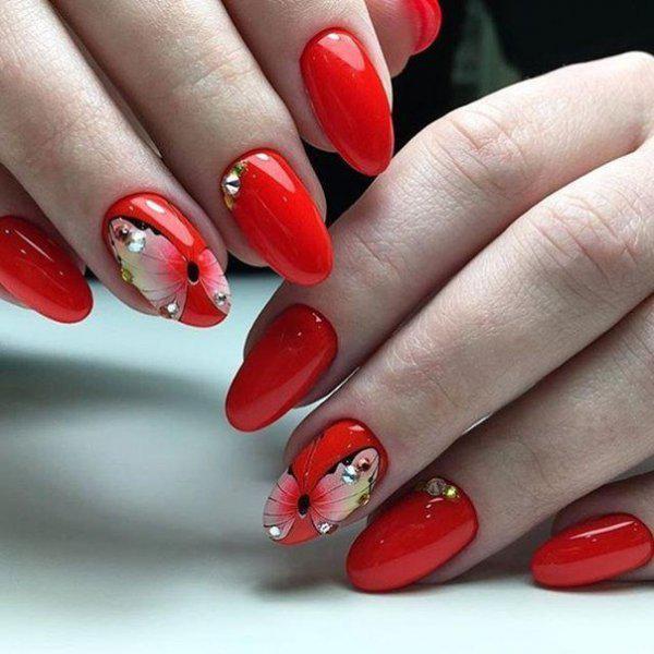 image5-50   Стильный и яркий: маникюр в красных оттенках