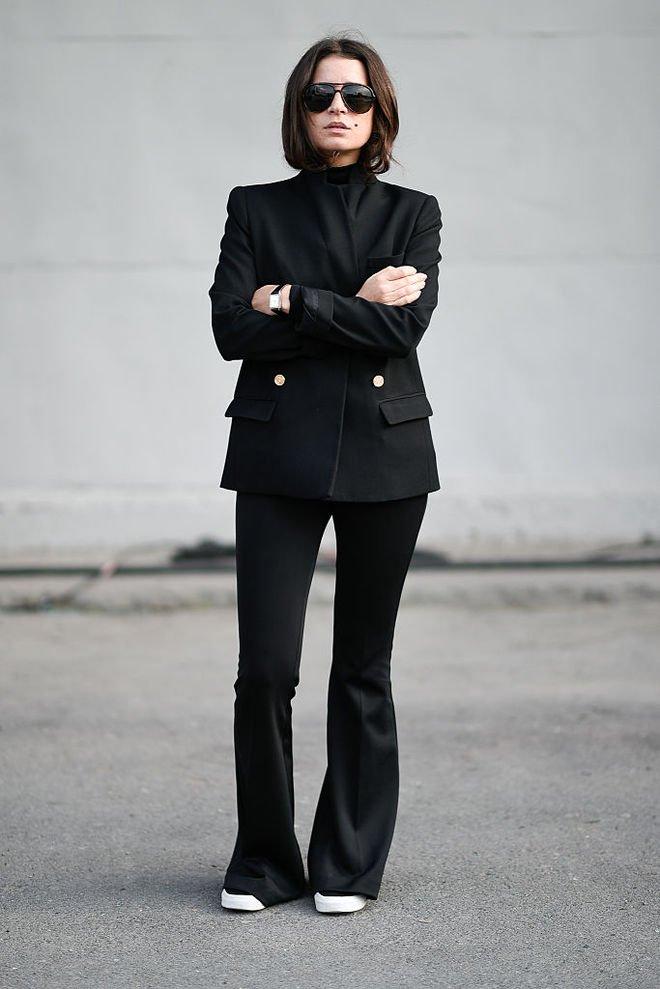 image10-71   8 стильных образов с черными брюками: модные тенденции весны 2018