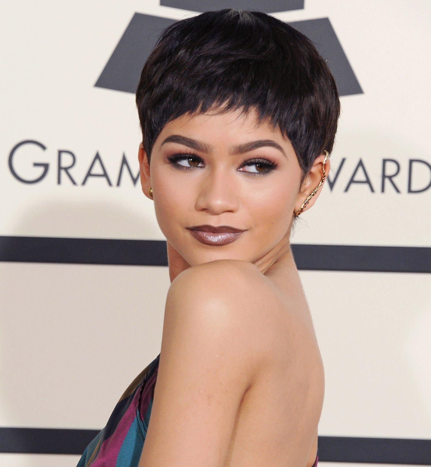 image25-16 | Модные оттенки и техники окрашивания на короткие волосы 2018
